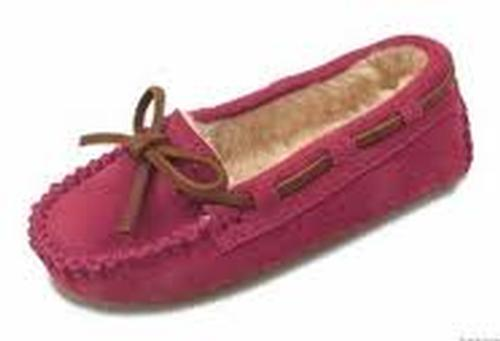 Minnetonka Kid's Cassie Slipper