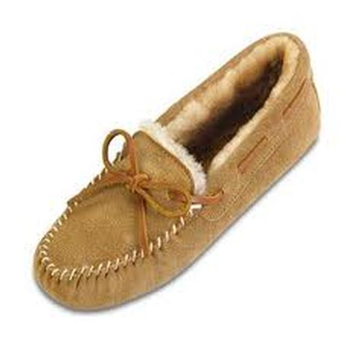 Minnetonka Sheepskin Softsole Moccasin
