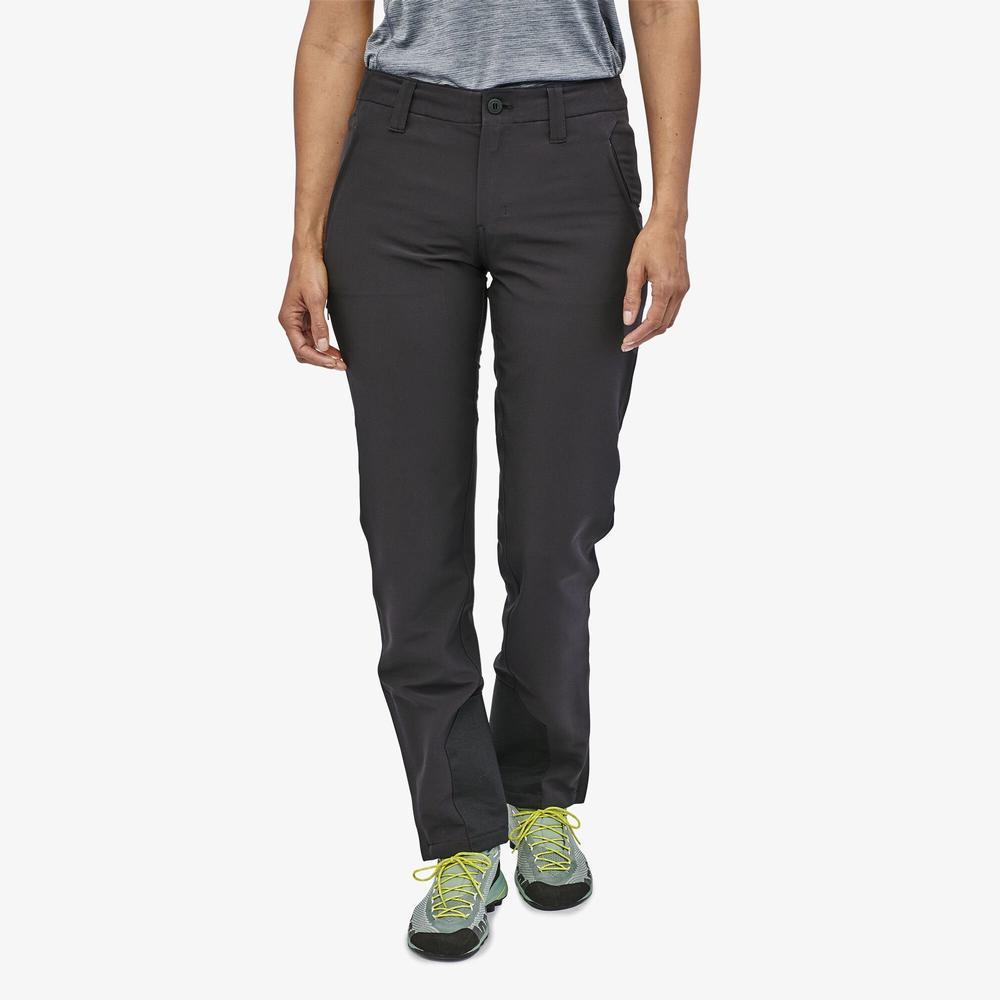 Patagonia Women's Crestview Pants - Short BLACK